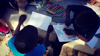 enfants dessinent Les Mureaux